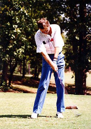 Lewis_golfing_2